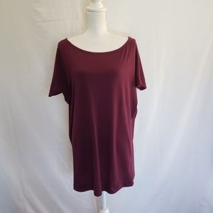 Victoria Sectet oversized wine tee. Size L